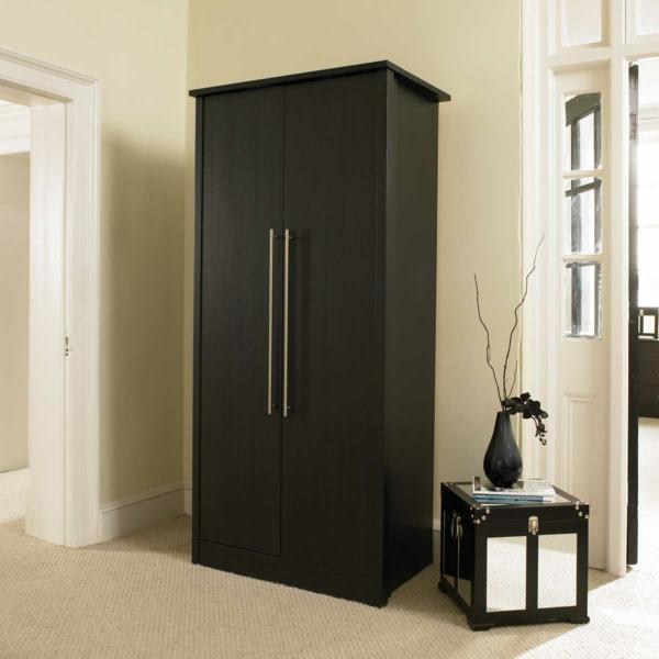 Ikea Kleiderschrank Schwarz Metall ~ Massiver Kleiderschrank im Schlafzimmer die beste Garderobe aussuchen