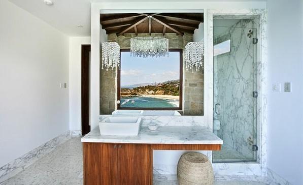 mediterrane Badezimmer Designs marmor oberflächen