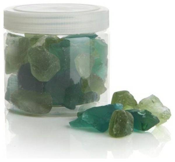 meerglas in grüne farben