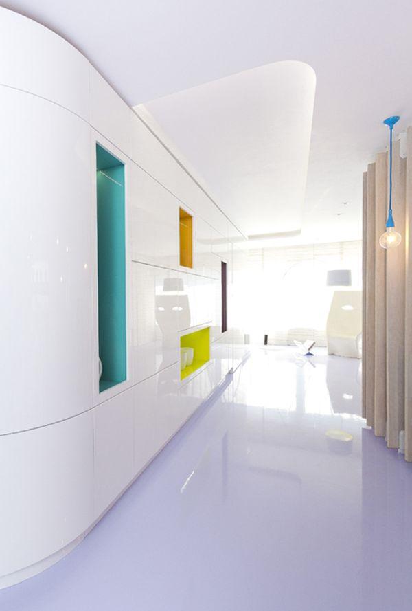 modernes apartment mit lebendiger farbpalette nicola katrib popart inspiration