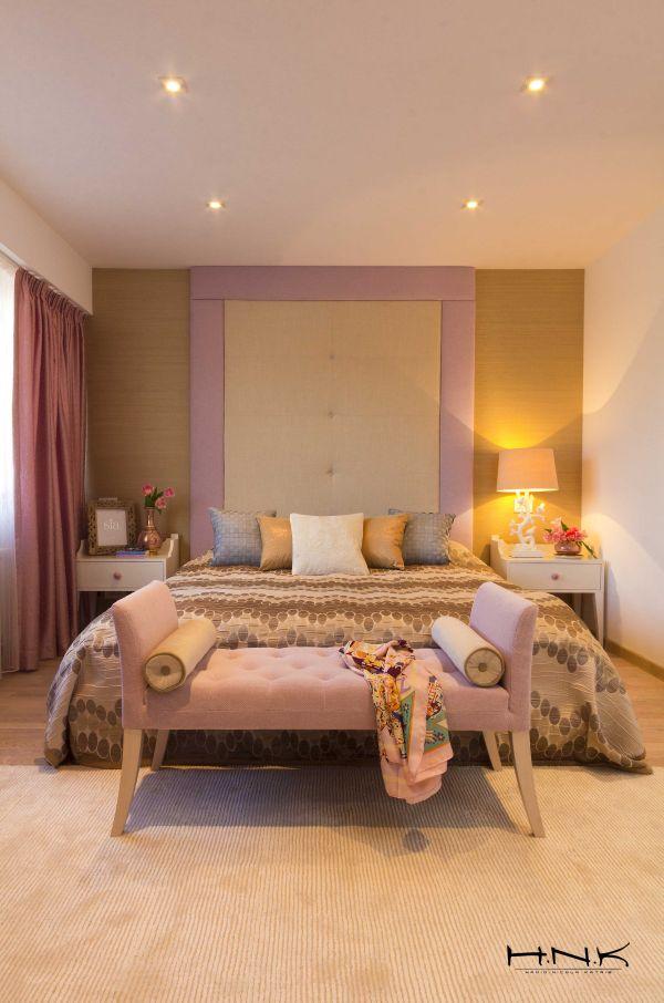 modernes apartment mit lebendiger farbpalette nicola katrib schlafzimmer