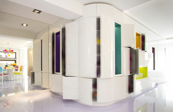 modernes apartment mit lebendiger farbpalette nicola katrib wandgestalttung
