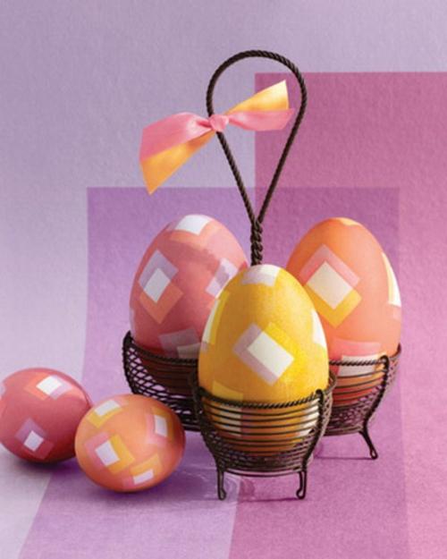 muster geometrisch ostereier bunt eierhalter