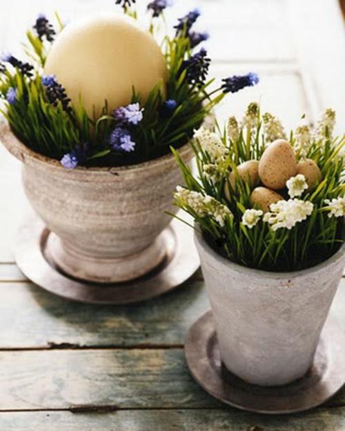 osterdekoration blumentöpfe ton frühlingsblumen eier