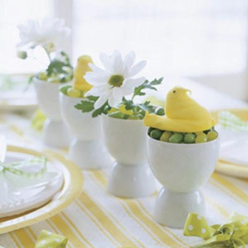 originelle osterdekoration eierbecher weiß porzellan