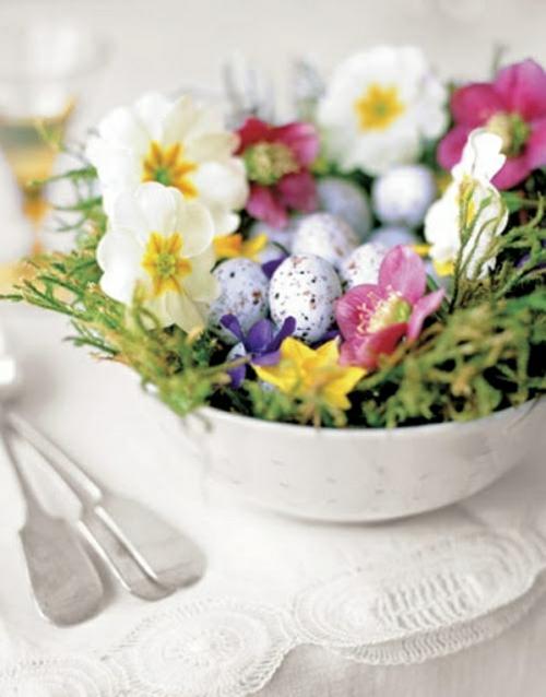 osterdekoration primel kleine eier