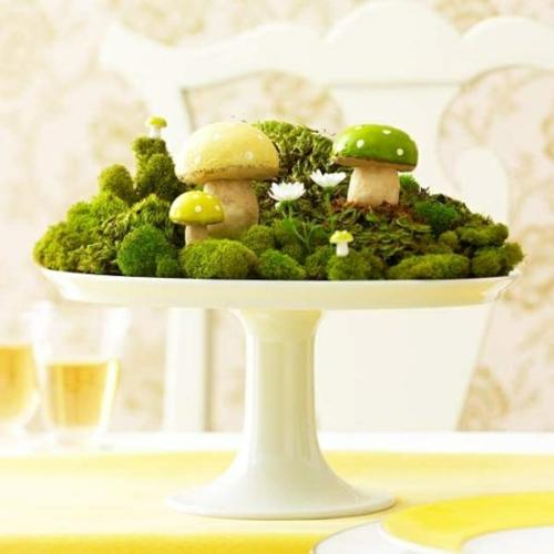 osterdekoration tortenständer moos pilze