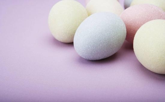 osterdeko ideen ostereier pastellfarben
