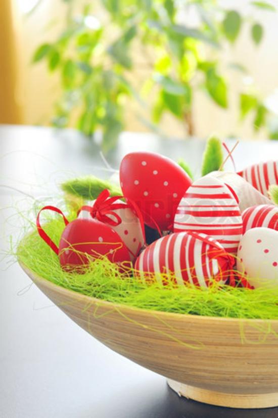 ostern ostereier tischdeko rote eier
