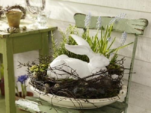 ostereier basteln osterdeko grün osterhase nest stuhl