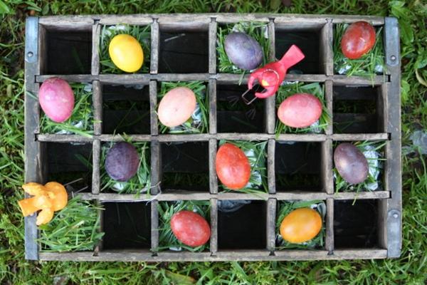 ostereier natürlich färben pflanzensud bunte eier bemalen