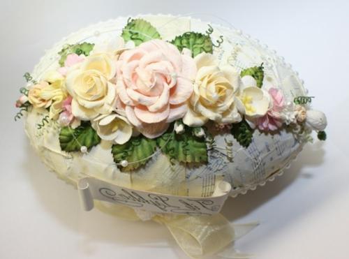 ostereier verzieren dekorative rosen notenpapier
