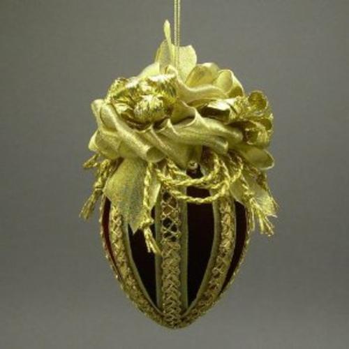ostereier dekorieren gold textilien spitze