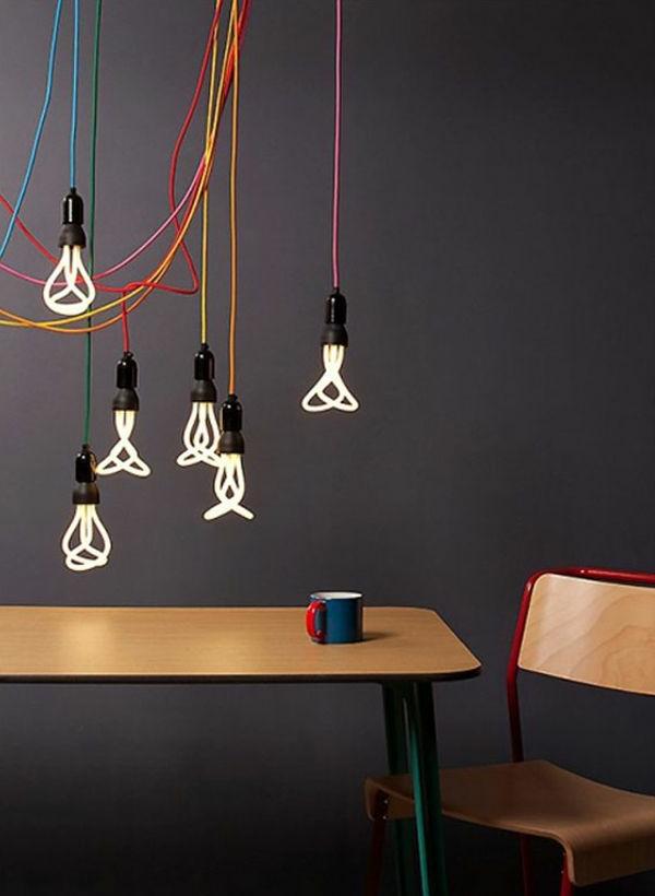 pendelleuchten design originelle glühbirne fassung kabel farbig