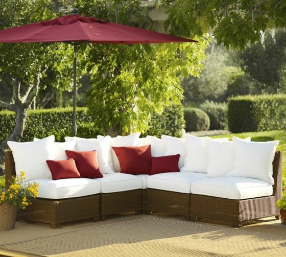 rattan gartenmöbel lounge außenmöbel geflochten sonnenschirm rot