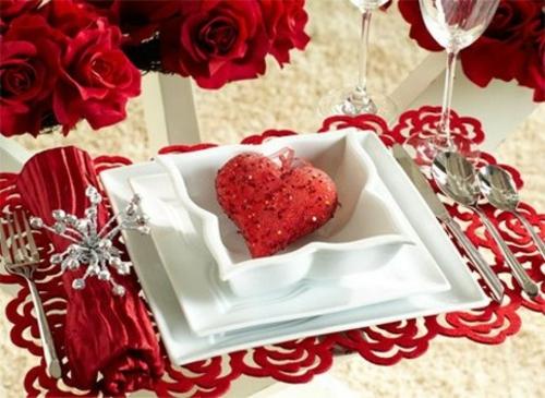 romantische ideen zum valentinstag tischdeko serviettenring rosen herz