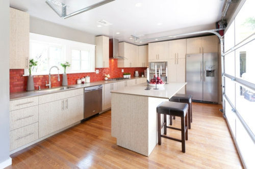r ckwand fliesen k che. Black Bedroom Furniture Sets. Home Design Ideas