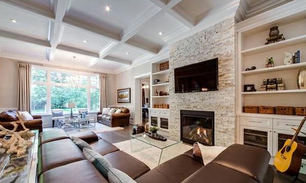 einrichten feuerstelle leder schicke wohnzimmer sofa wand