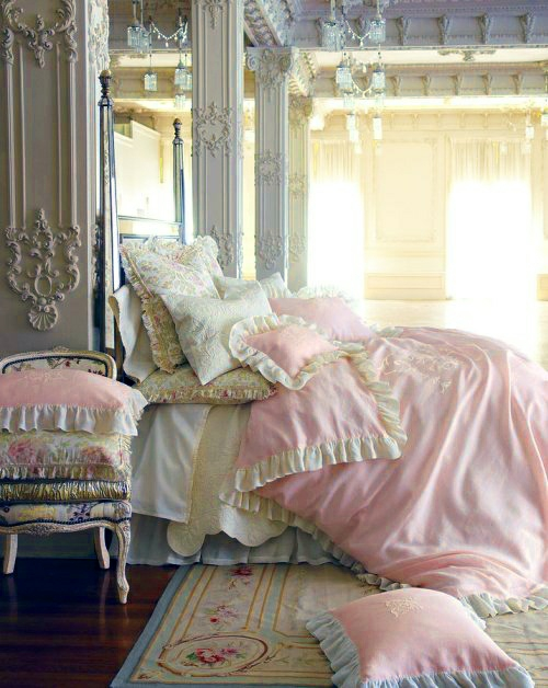Schlafzimmer Romantische Beleuchtung Bett Stehlampe Rosa Weiß Ruschen  Bettwäsche