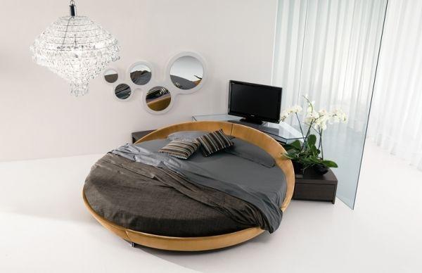 ein rundbett im schlafzimmer pro und conrta. Black Bedroom Furniture Sets. Home Design Ideas