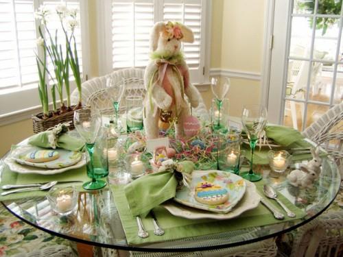 teller ostereier servietten grün osterhase tisch