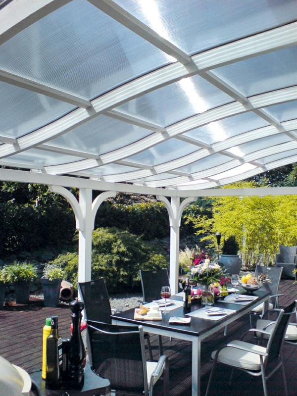 terrassenüberdachung glas elegant