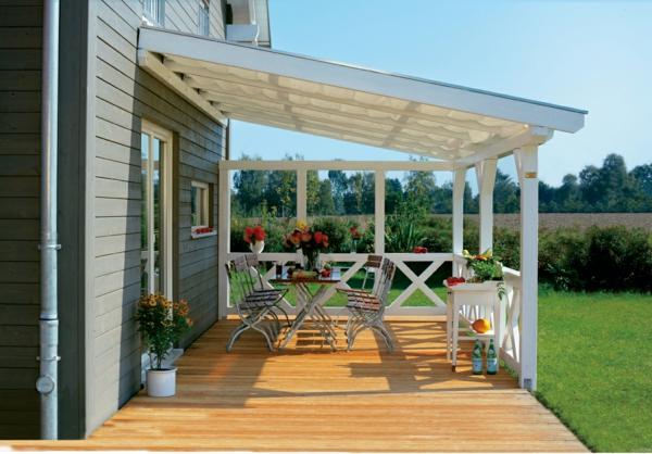 sch ne terrassen berdachung wenn die terrasse den. Black Bedroom Furniture Sets. Home Design Ideas