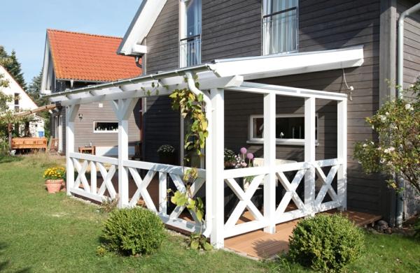 terrassenüberdachung weiß bemalt