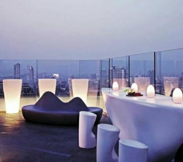 futuristischer look glaswände