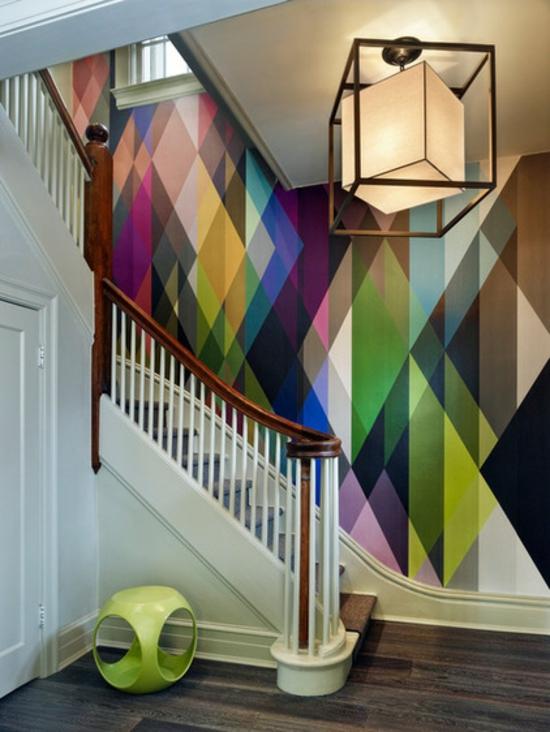 Wandgestaltung Mit Gemusterten Tapeten Geometrie Im Flur