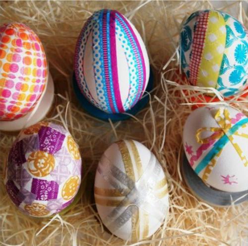 osterdeko eier klebeband streifen bunt