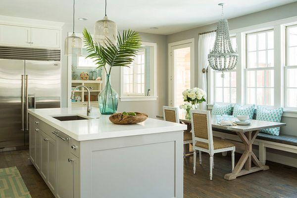 wohnideen grün küche sofa palmblätter blumendeko