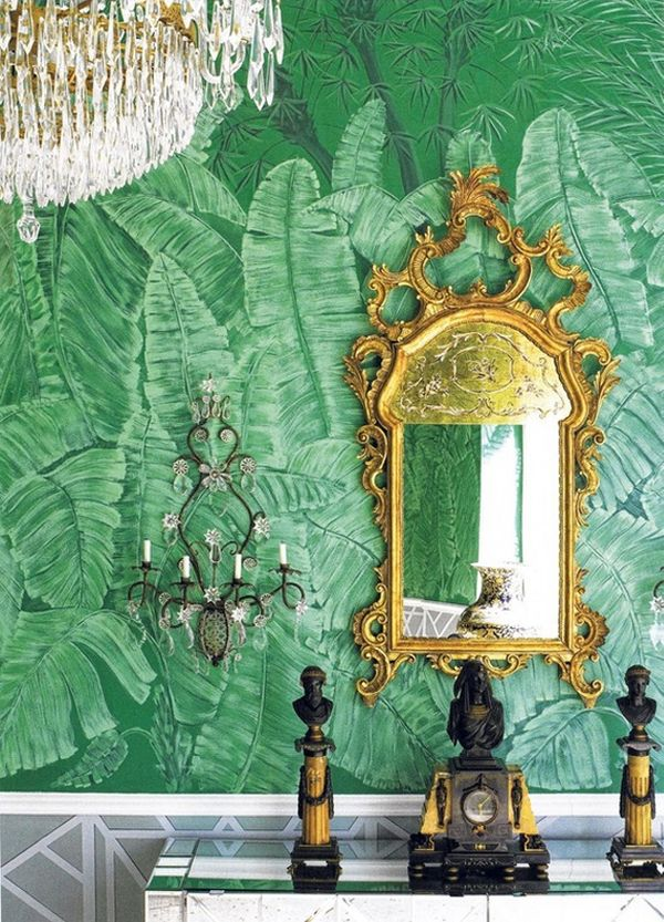 wohnideen grün smaragdgrün wandtapete muster palmwedel gold farbe