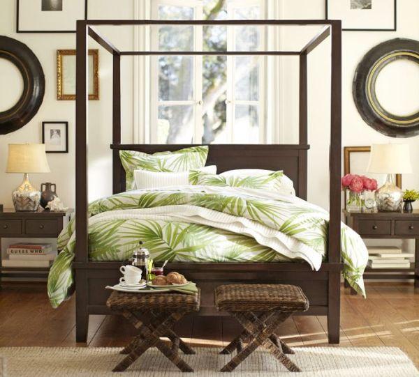 wohnideen im schlafzimmer grüne bettwäsche palmwedel muster