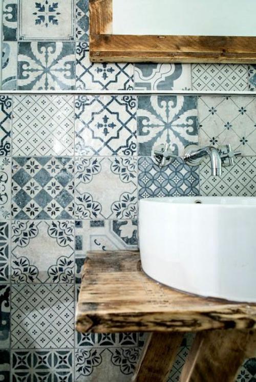 farben designs eklektisch Badezimmer und Badezimmerfliesen