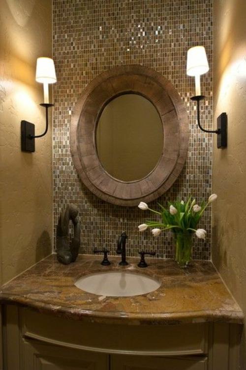 Badezimmer mosaik glanzvoll Badezimmerfliesen wandlichter