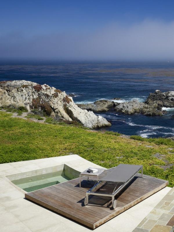 Badewanne im Garten eingebaut beton natur rock strand