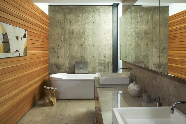 Byrnes Residenz Phoenix holzplatten badewanne Sichtbeton zu Hause