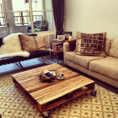 paletten wohnzimmertisch:Coole Möbel aus Europaletten – 55 Bastelideen für alte Holzpaletten