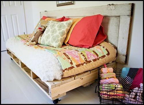 auflagen sitzecke kissen Coole Möbel aus Europaletten DIY bastelideen