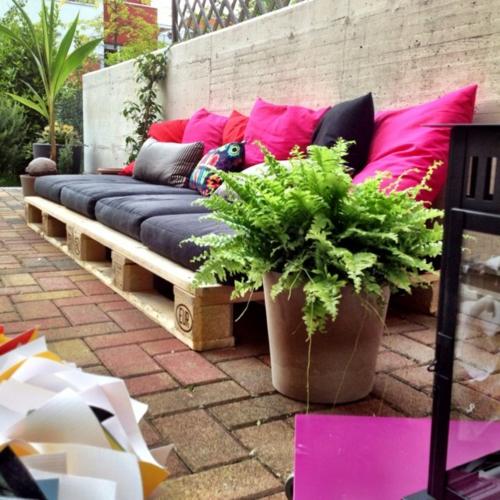 Coole Möbel DIY bastelideen kissen auflagen Europaletten