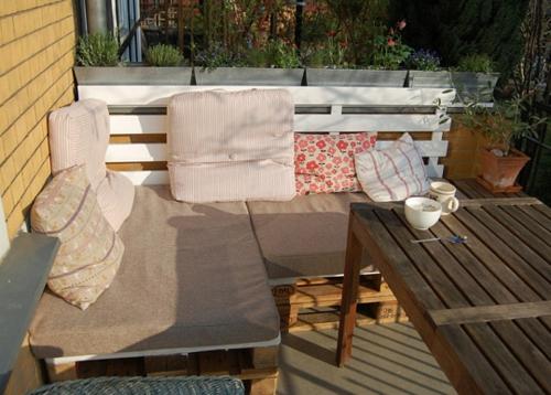 bastelideen sofa garten Coole Möbel aus Europaletten DIY
