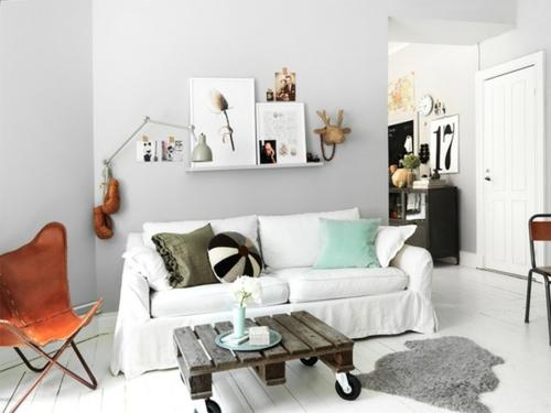 bastelideen sofa tisch rollen Coole Möbel aus Europaletten DIY