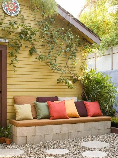 n tzliche anleitung daf r wie man eine gartenbank selber bauen kann. Black Bedroom Furniture Sets. Home Design Ideas