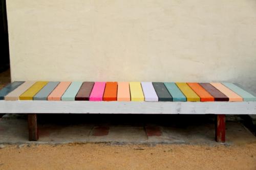 Gartenbank selber  verspielt farben