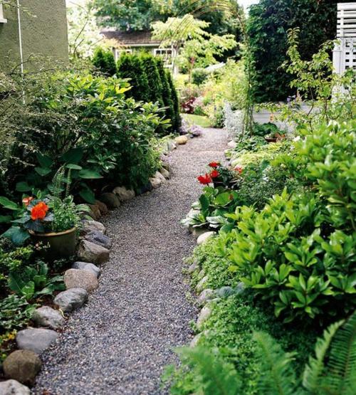 Gartengestaltung  Kiesel flusssteine blumen