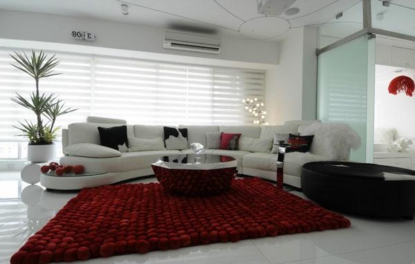 Industrieller Edelstahltisch rot teppich weich sofas