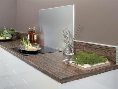 attraktive wohnideen wie man eine k chenr ckwand einbauen. Black Bedroom Furniture Sets. Home Design Ideas