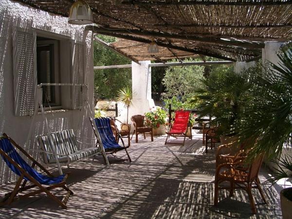 Pergola bauen modern sitzecke überdachung hintehof