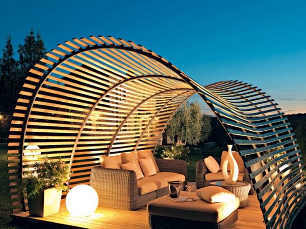 Pergola bauen modern sitzecke draueßen garten